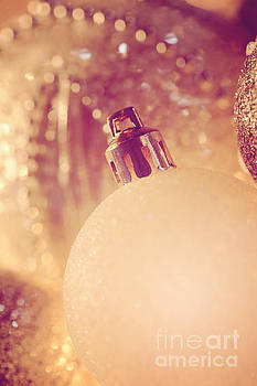 LHJB Photography - Christmas baubles