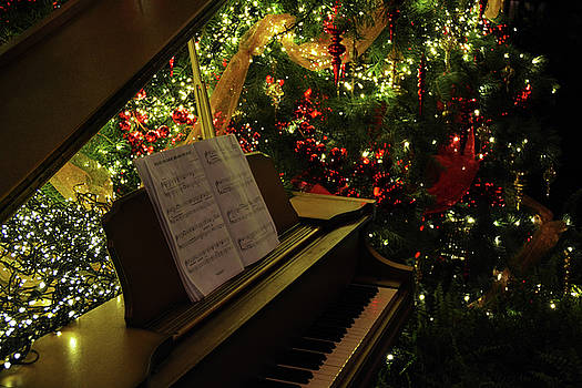 Christmas Piano 03 by Tim Stringer
