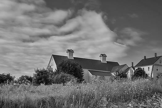 Church Hill Road Barn by Guy Whiteley