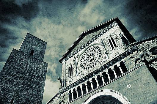 Silvia Ganora - Church of San Pietro - Tuscania