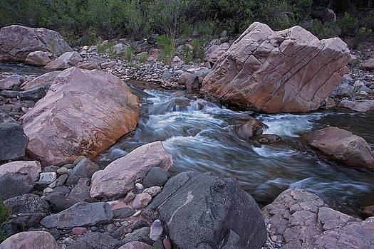 Cibecue Boulders-H by Tom Daniel