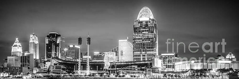 Paul Velgos - Cincinnati Skyline Panorama Picture