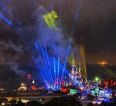 Cinderella Castle Holiday Laser  Show  by Barkley Simpson