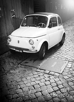 Cinquecento FIAT Blak and White by Stefano Senise