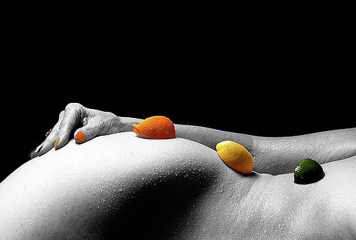 Citrus nude by Raymond Jusseaume