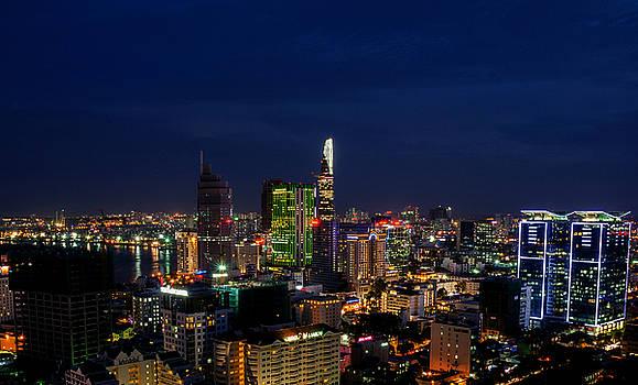 City Night by Tran Minh Quan
