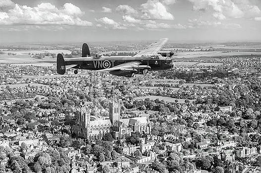 City of Lincoln VN-T over the city of Lincoln BW version by Gary Eason