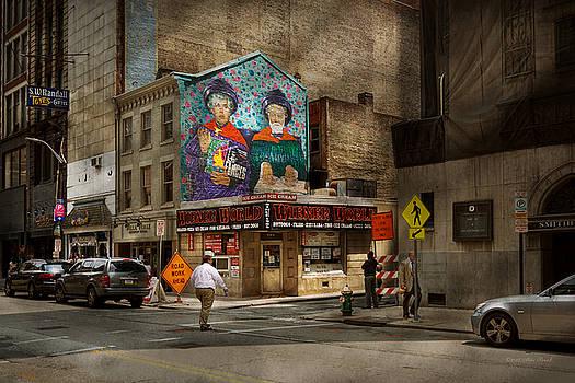 Mike Savad - City - Pittsburg, PA - Wiener World