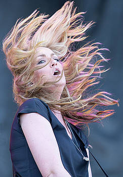 Clare Dunn at Country Thunder by James Gordon Patterson