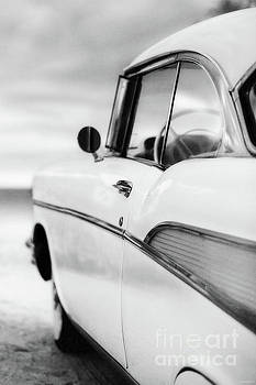 Edward Fielding - Classic 57 Chevy Bel Air at the Beach Black and White
