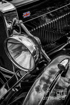 Classic Britsh MG by Adrian Evans