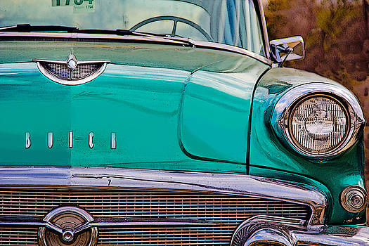 Classic Buick by Mamie Thornbrue