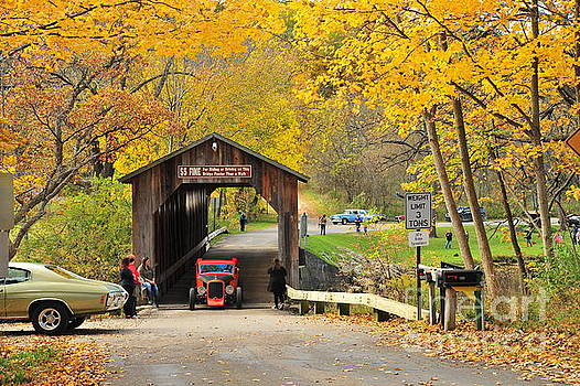 Terri Gostola - Classic Car Crossing the Fallasburg Covered Bridge