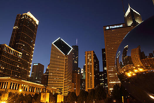 Classic Chicago Night by Tony Lau