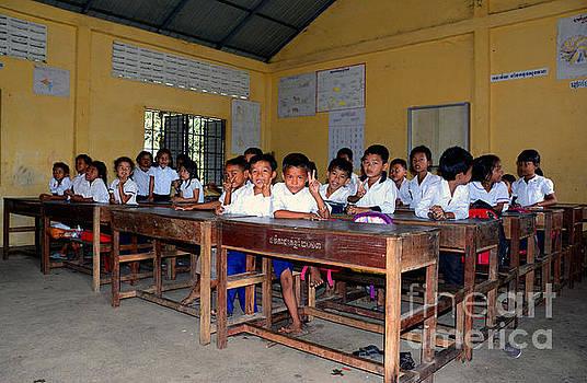 Classroom in Puthuong,Cambodia by Mirko Dabic