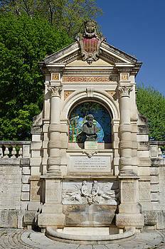 RicardMN Photography - Clement Marot Fountain in Cahors France