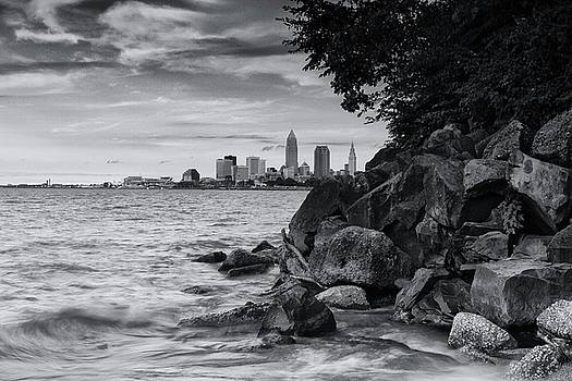 Cleveland Skyline and Lake Erie by Rod Flauhaus