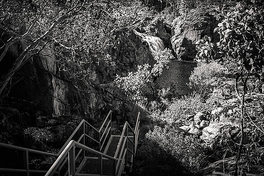 Climbing down to Edith Falls in black and white, Northern Territ by Daniela Constantinescu