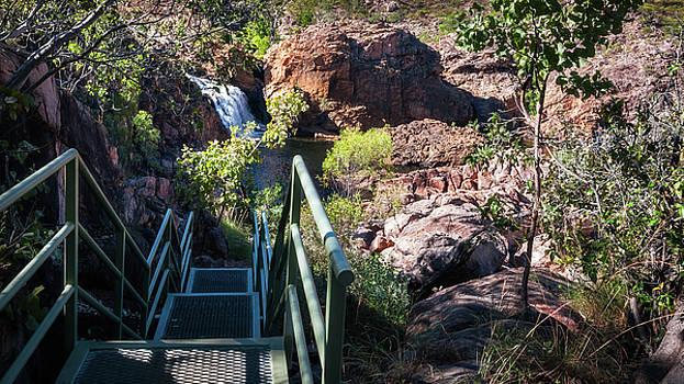 Climbing down to Edith Falls, Northern Territory, Australia by Daniela Constantinescu