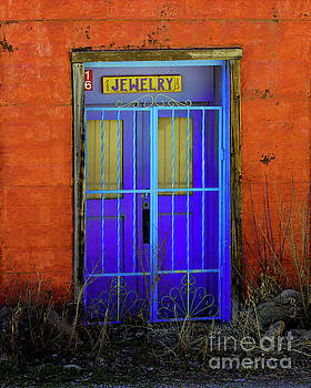 Jon Burch Photography - Closed, Come Back Tomorrow