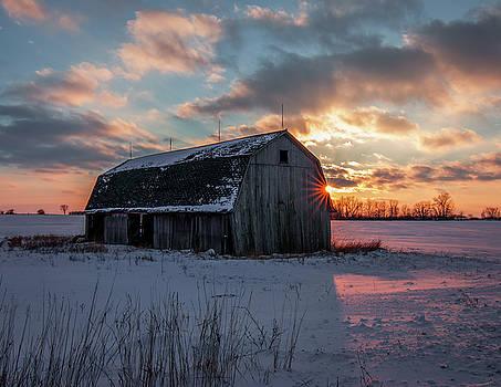 Closing sunset by Amanda Wakefield
