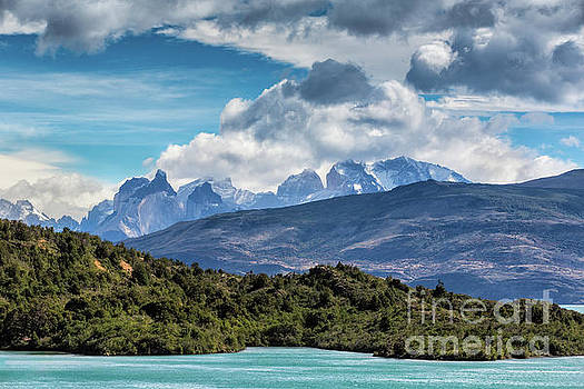 Clouds On The Cuernos by Stuart Gordon