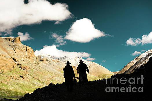 Clouds way Kailas kora Himalayas Tibet Yantra.lv by Raimond Klavins