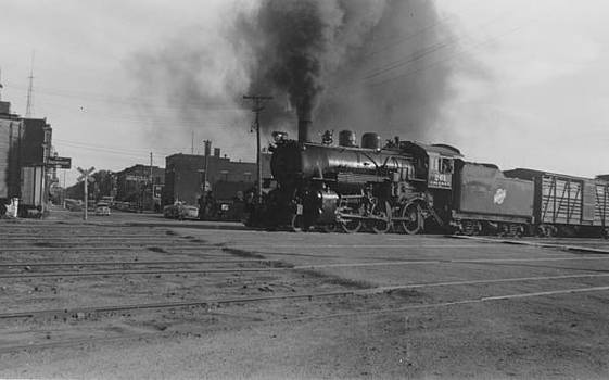 Chicago and North Western Historical Society - Omaha Road Steam Engine Pulling Freight