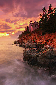 Coastal Maine Lighthouse by Juergen Roth