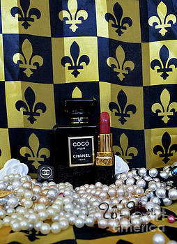 Coco Noir Chanel 2 by To-Tam Gerwe