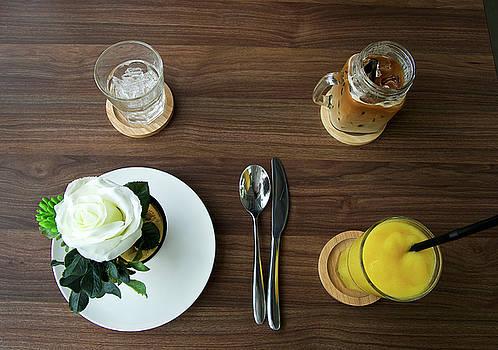 coffee break in Thailand by Tamara Sushko
