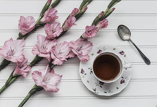 Kim Hojnacki - Coffee Break
