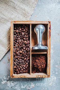 Coffee time by Viktor Pravdica