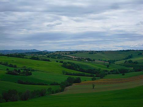 Colline e nuvole - 2 by Alberto V  Donati