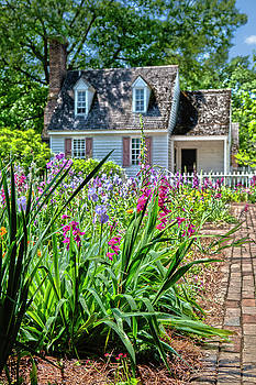 Colonial Garden1 by Charles Warren