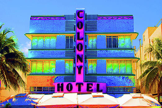 Jost Houk - Colony Hotel Palm