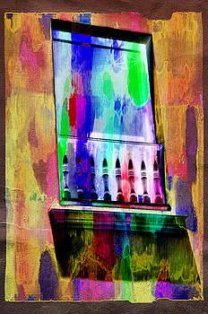 Color crayons by Ricardo Dominguez