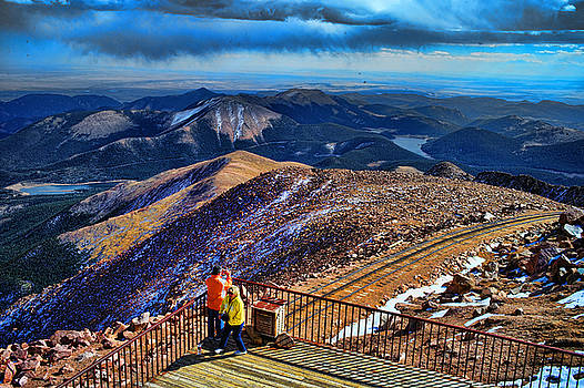 LAWRENCE CHRISTOPHER - COLORADO FROM PIKES PEAK