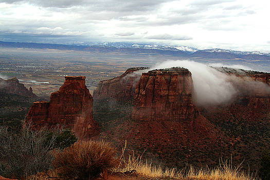 Colorado National Monument by Teresa Stevens