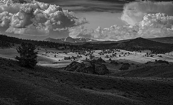 Ray Van Gundy - ColoradoClouds over Rocky Mountain National Park