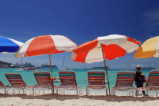 Reimar Gaertner - Colored beach umbrellas at Great Bay Philipsburg with vendor