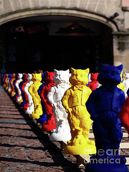 JORG BECKER - COLORED PEOPLE CATS_01
