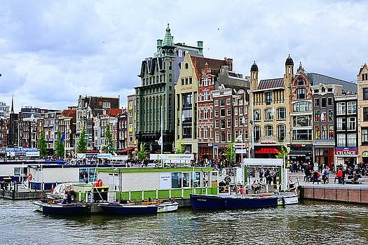 Colorful Amsterdam  by Lanis Rossi