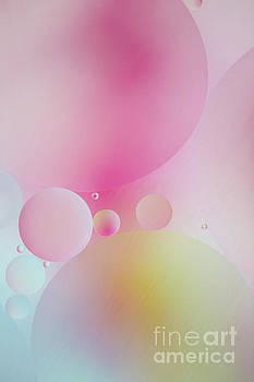 Elena Nosyreva - Colorful bubbles