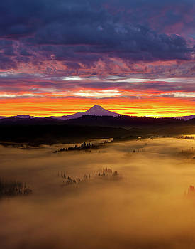 Colorful Foggy Sunrise over Sandy River Valley by David Gn