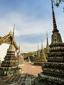 Colorful stupas at Wat Pho Temple by Helissa Grundemann