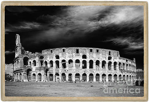 Colosseum Monochrome by Stefano Senise
