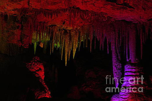 Colour Cave by Oscar Moreno