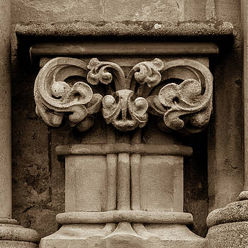 Jacek Wojnarowski - Column Capital S West Facade of Wells Cathedral