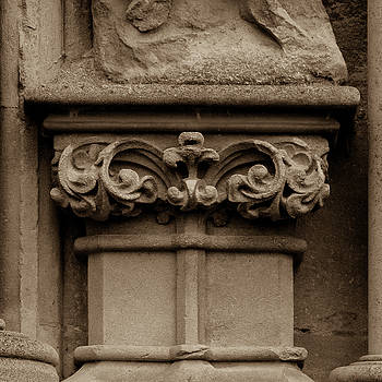 Jacek Wojnarowski - Column Capital T West Facade of Wells Cathedral